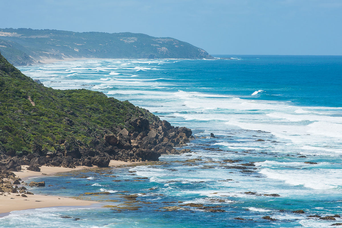 Take in incredible views of the Victorian coastline with Great Walks of Australia on the Twelve Apostles Lodge Walk.